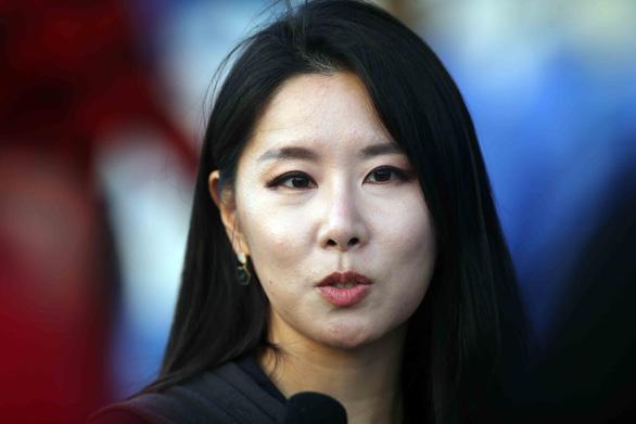 Gần 20 phóng viên Hàn Quốc đổ bộ sân tập của tuyển Việt Nam - Ảnh 5.