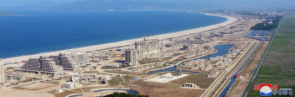 Triều Tiên biến khu bắn tên lửa thành khu nghỉ dưỡng khổng lồ - Ảnh 3.