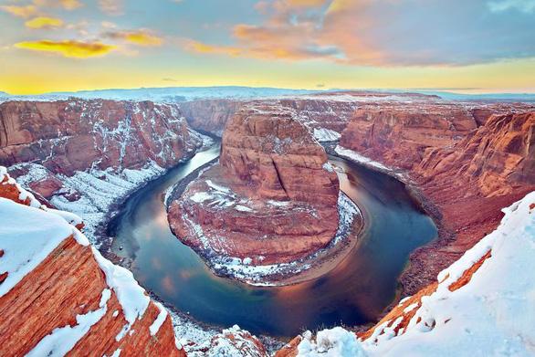 Ngắm hai thái cực của mẹ thiên nhiên: tuyết rơi sa mạc - Ảnh 11.