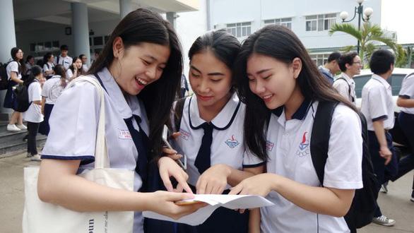 Bộ GD-ĐT: Năm 2019 sẽ giảm áp lực thi THPT quốc gia và tuyển sinh - Ảnh 1.