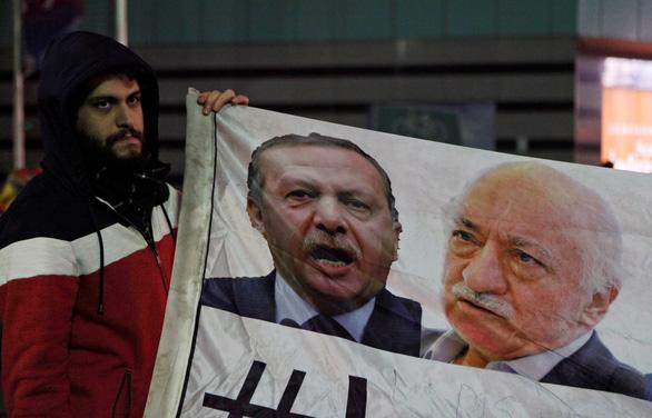 Choáng với bầu cử Thổ Nhĩ Kỳ: hơn 1.100 cử tri trong một hộ - Ảnh 3.