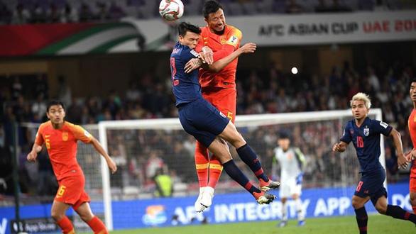 Báo chí Thái Lan 'hiến kế' đội tuyển mời HLV người Hàn Quốc - Ảnh 1.