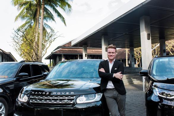 Land Rover Việt Nam bàn giao đội xe cho Four Seasons Resort The Nam Hai - Ảnh 2.