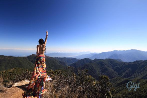 Ngã xuống vực sâu, 'nhà leo núi bikini' Đài Loan tử nạn - Ảnh 4.