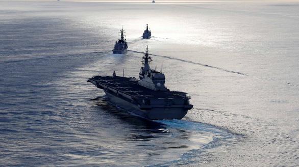 Nhật phản đối gọi vùng biển chung với Hàn Quốc là Biển Đông - Ảnh 1.