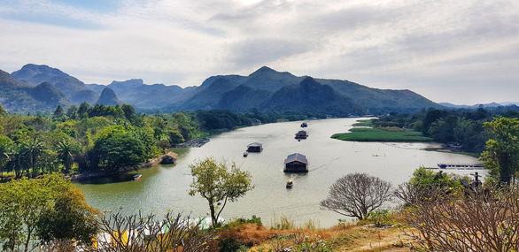 Kanchanaburi thơ mộng bên dòng sông Kwai - Ảnh 1.