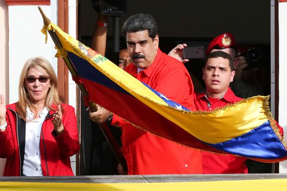 Mỹ công nhận tổng thống lâm thời mới tại Venezuela, biểu tình lan rộng - Ảnh 12.