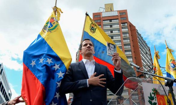 Tổng thống lâm thời 35 tuổi của Venezuela là ai? - Ảnh 1.