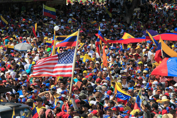 Mỹ phớt lờ đe dọa trục xuất nhà ngoại giao của Venezuela - Ảnh 2.