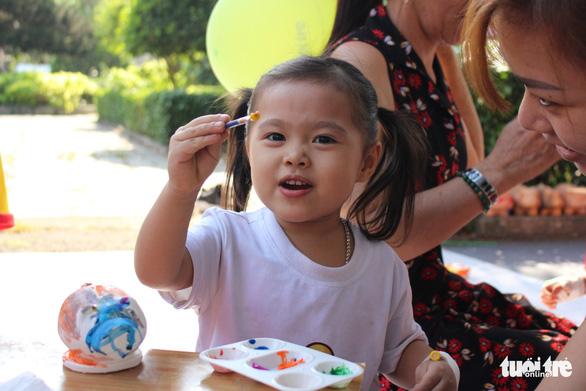 Mang Xuân yêu thương đến với bệnh nhi ung thư - Ảnh 14.