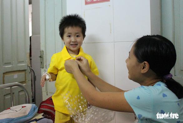 Mang Xuân yêu thương đến với bệnh nhi ung thư - Ảnh 15.