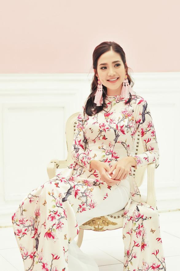 Du xuân cùng áo dài từ lụa Vanya - Ấn Độ - Ảnh 2.