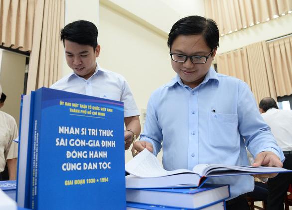 Công bố bộ sách Nhân sĩ trí thức Sài Gòn - Gia Định giai đoạn 1930 - 1954 - Ảnh 2.