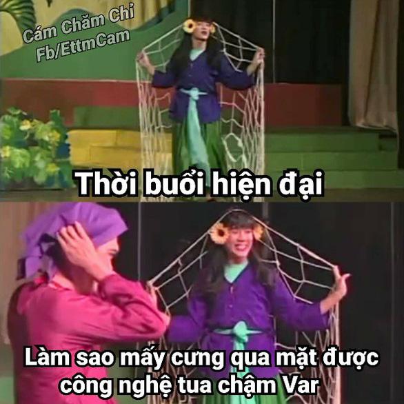 Ảnh chế tuyển Việt Nam máu lửa hot trên mạng xã hội - Ảnh 12.