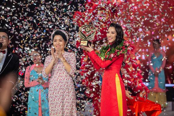 Ngô Phương Anh chiến thắng tại Én vàng nghệ sĩ 2018 - Ảnh 1.
