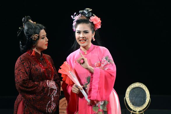 Vân Trang: bị cuốn hút bởi ánh đèn sân khấu - Ảnh 5.