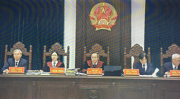 Đang xét xử 2 cựu thứ trưởng vì giúp Vũ nhôm thâu tóm đất công - Ảnh 3.