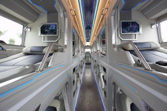 Trải nghiệm khoang thương gia trên xe bus Thaco Mobihome thế hệ mới - Ảnh 2.
