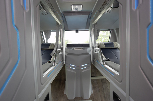 Trải nghiệm khoang thương gia trên xe bus Thaco Mobihome thế hệ mới - Ảnh 5.