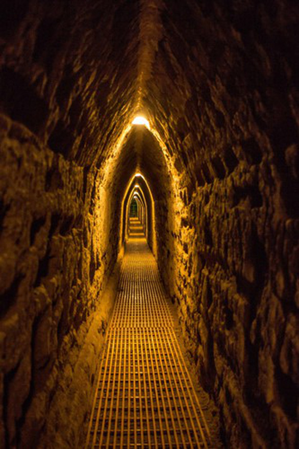 Bí ẩn kim tự tháp lớn nhất thế giới - Ảnh 3.