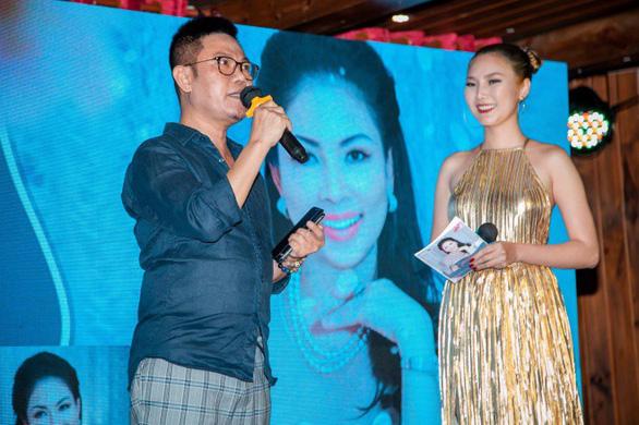 'Buổi chiều cùng Hiền': thưởng thức nhạc trữ tình qua giọng hát mới thật 'Hiền' - Ảnh 2.