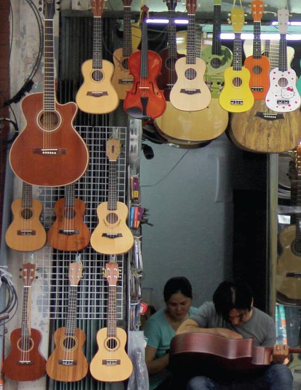 Nguyễn Thiện Thuật - Con phố thanh âm giữa lòng Sài Gòn - Ảnh 5.