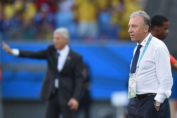 HLV từng vô địch Asian Cup chia tay UAE sau trận thua đậm Qatar - Ảnh 2.