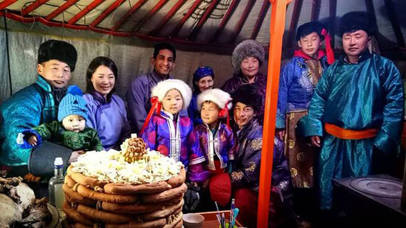 Độc đáo tết âm lịch của người Mông Cổ - Ảnh 1.
