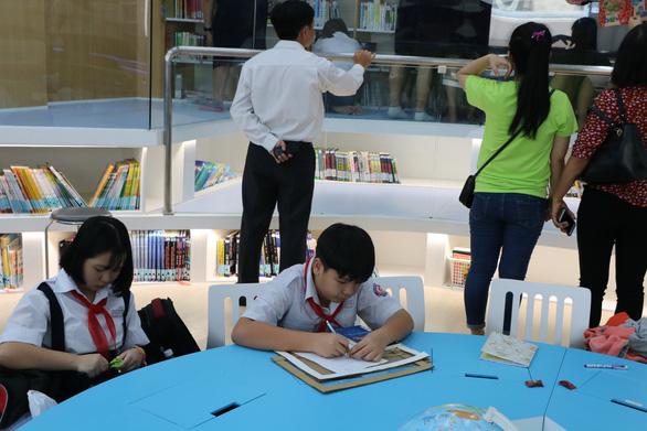 Học sinh làm thơ, vẽ tranh, đóng kịch từ những bài báo - Ảnh 6.