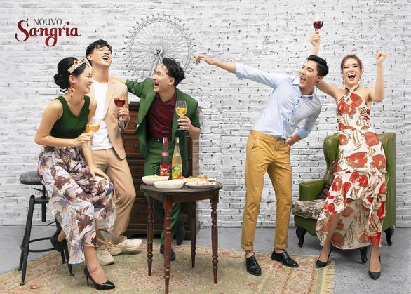 Vang trắng ướp lạnh thì ngon, sangria uống đá chuẩn vui tiệc tùng - Ảnh 2.
