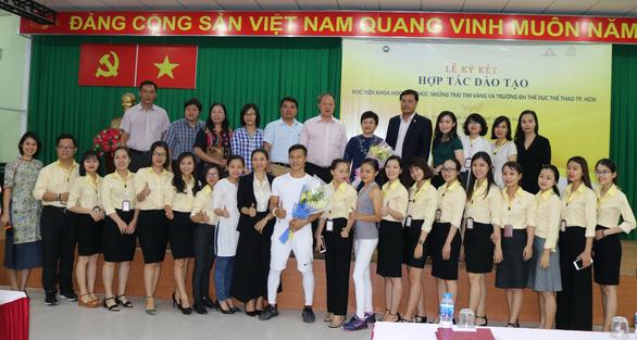Học viện khoa học tâm thức Những Trái Tim Vàng tại trường ĐH TDTT TP.HCM - Ảnh 2.