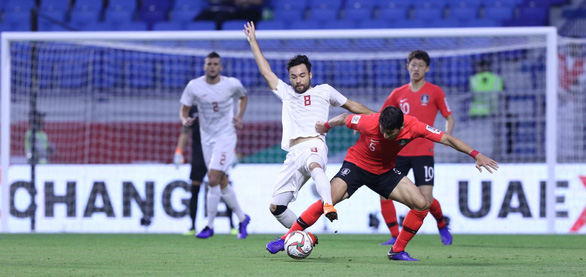 Philippines của HLV Eriksson bất lực trước Hàn Quốc - Ảnh 1.