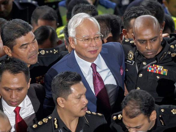 Báo Mỹ tố Bắc Kinh từng bày kế cứu chính quyền Najib Razak - Ảnh 2.