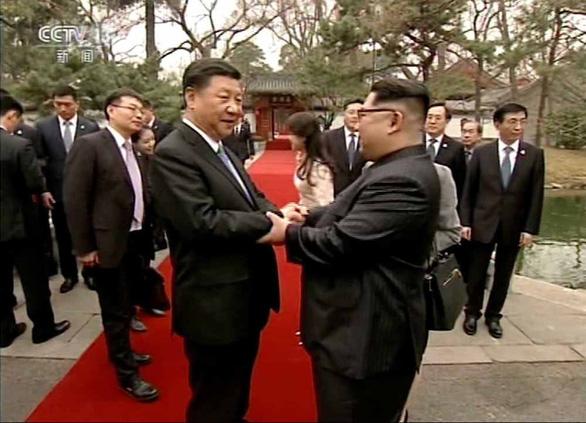 Vì sao mỗi lần sắp gặp Mỹ, ông Kim lại sang Trung Quốc? - Ảnh 2.