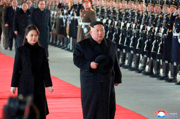Vì sao mỗi lần sắp gặp Mỹ, ông Kim lại sang Trung Quốc? - Ảnh 1.
