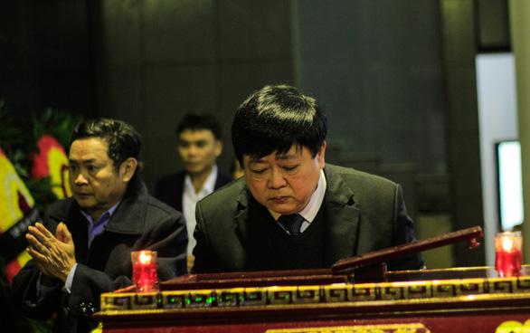 Lễ viếng nhà thơ Nguyễn Trọng Tạo: Mừng bác lên tiên! - Ảnh 2.