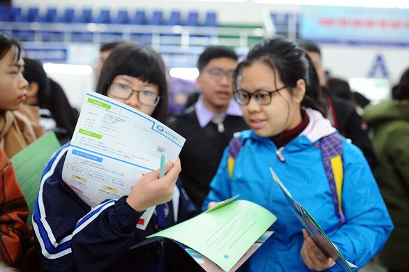 Gần 1.000 việc làm cho sinh viên tại Hà Nội - Ảnh 3.