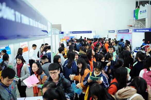 Gần 1.000 việc làm cho sinh viên tại Hà Nội - Ảnh 2.