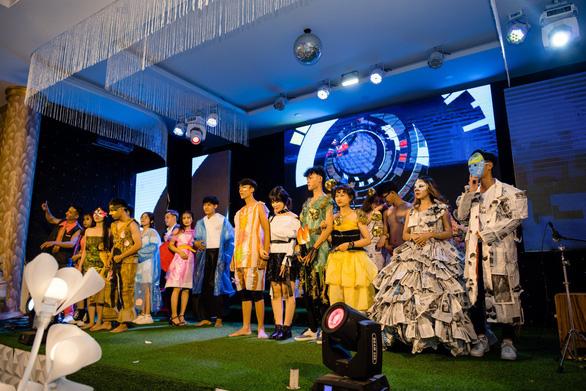 Đại học Duy Tân chào đón tân sinh viên Khoa kiến trúc & mỹ thuật - Ảnh 3.