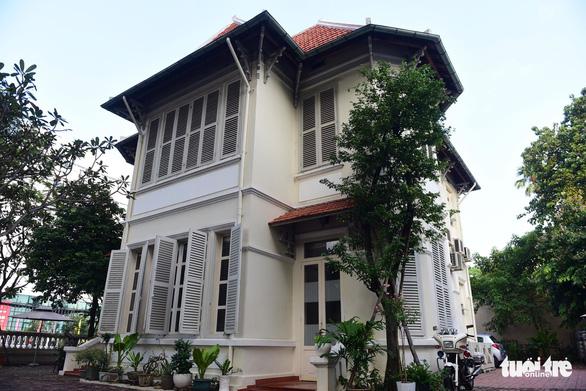 16 biệt thự cũ tuyệt đẹp ở hai quận 1, 3 cần được bảo vệ nguyên trạng - Ảnh 1.