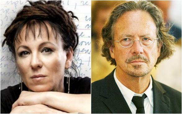 Peter Handke và Olga Tokarczuk, giữa mùa Nobel có hai kẻ lang thang khắp chốn - Ảnh 2.
