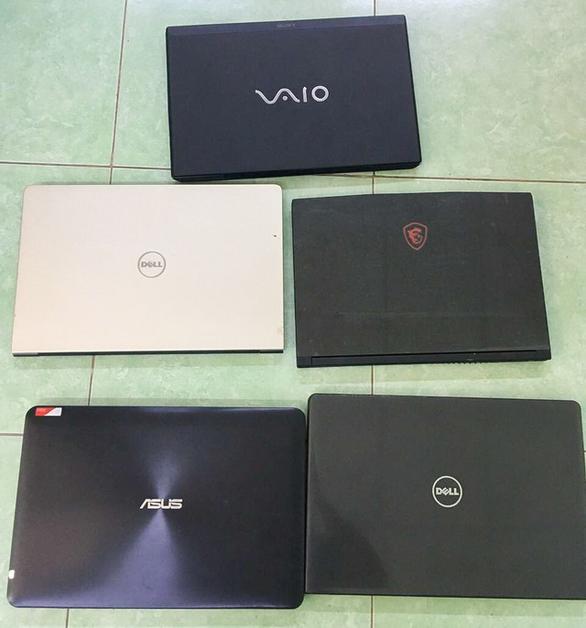 Nam sinh viên 1 đêm trộm 5 laptop ở ký túc xá Đại học Quốc gia TP.HCM - Ảnh 2.