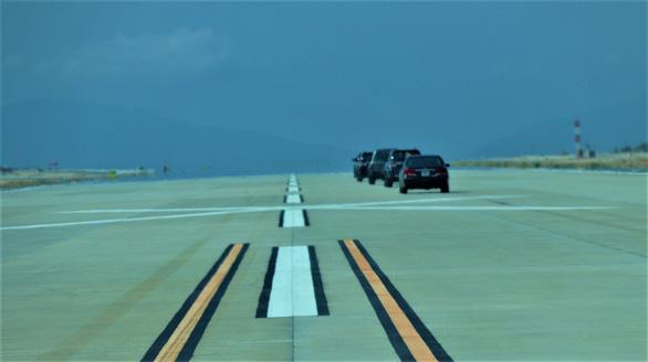 Đưa vào khai thác đường băng số 2 sân bay quốc tế Cam Ranh - Ảnh 1.