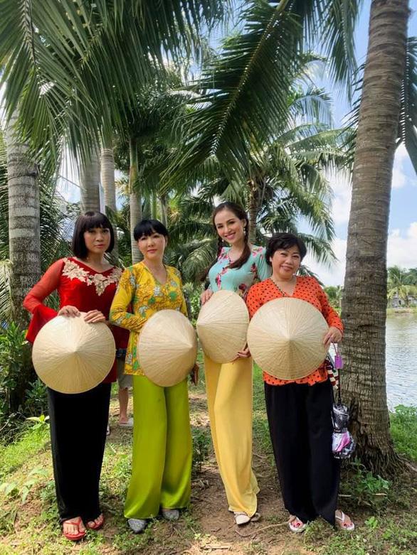 Hoa hậu Diễm Hương hóa chị Tứ diễn hài cùng Ngũ long phá án - Ảnh 3.