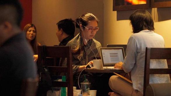 Chính phủ Thái Lan thắt chặt kiểm soát wifi tại các cửa hàng cà phê - Ảnh 1.