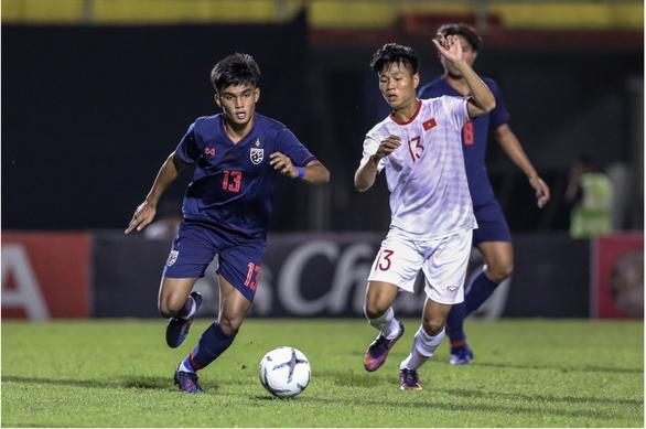 Ghi bàn phút bù giờ, U19 Việt Nam đánh bại U19 Thái Lan ở Bangkok Cup - Ảnh 1.