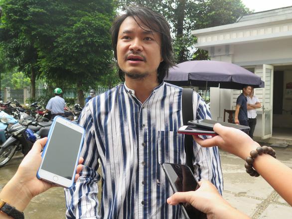 Hoãn phiên tòa phúc thẩm vụ tranh chấp vở diễn Tinh hoa Bắc Bộ - Ảnh 2.