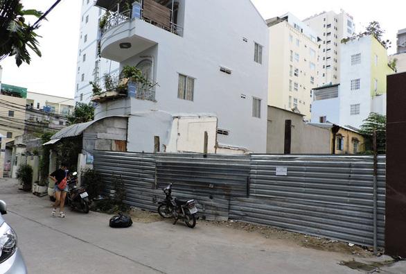 Truy tố vợ chồng luật sư Trần Vũ Hải cùng 2 bị can tội trốn thuế - Ảnh 1.