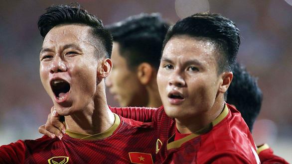Tuyển Việt Nam - Malaysia 1-0: Bùng nổ với Quang Hải - Ảnh 2.