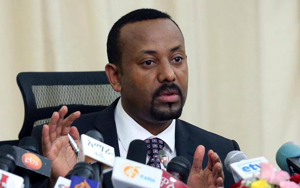 Nobel hòa bình 2019 gọi tên Thủ tướng Ethiopia Abiy Ahmed - Ảnh 1.